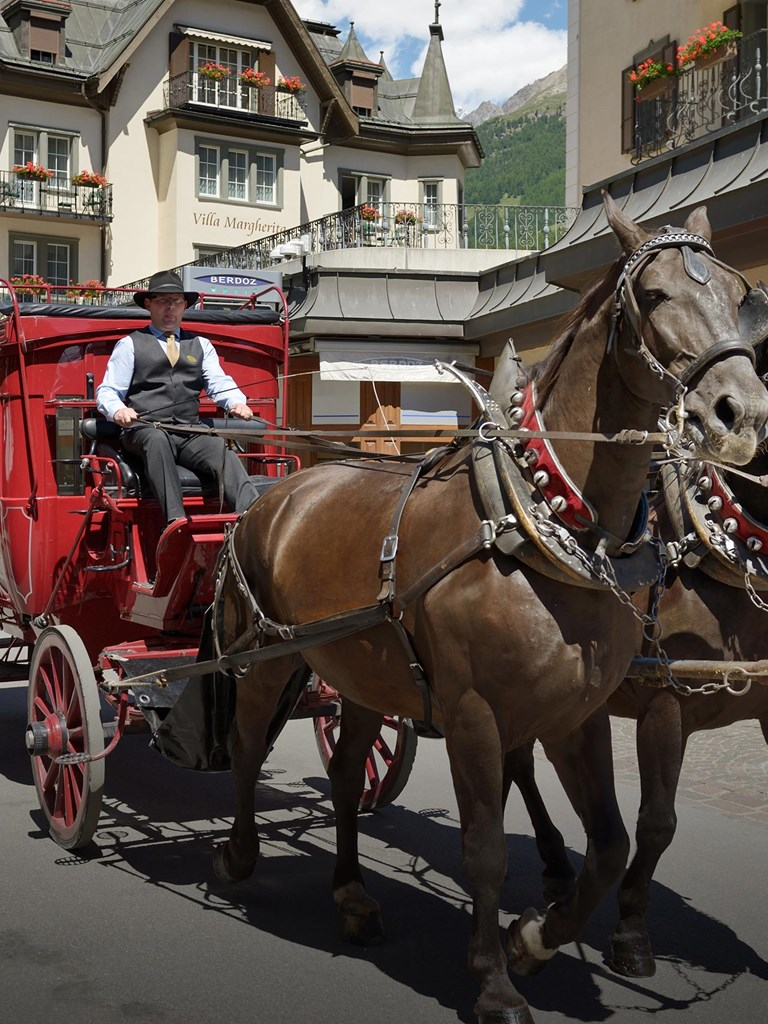 Mont Cervin Hotel Zermatt MCP Carriage 15 1 Copy