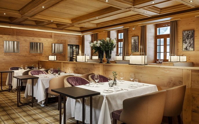 Le Restaurant International Gourmet Cuisine Zermatt Restaurant 037